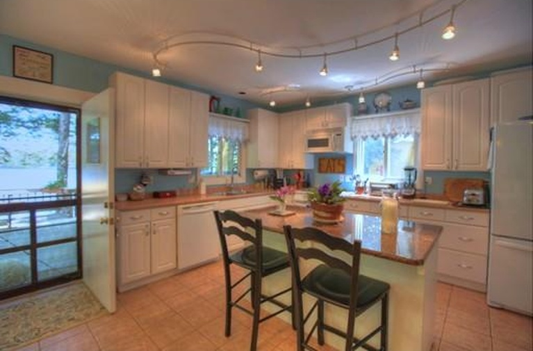 berkshires lake house for sale - kitchen