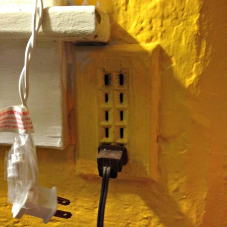 five-plug outlet