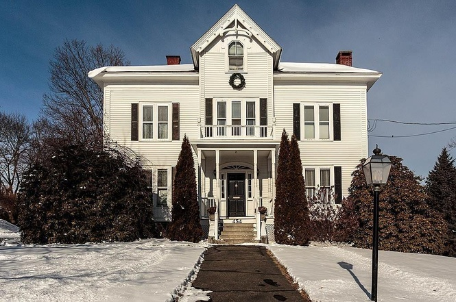 house for sale in lowell