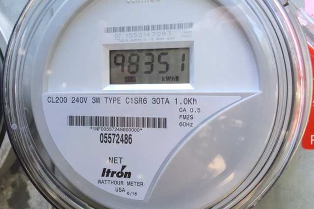 two-way electric meter for rooftop solar